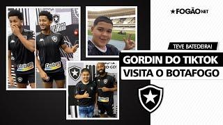 Tirou onda! Gordin do TikTok visita Botafogo e surpreende Warley 🕺🏽🔥