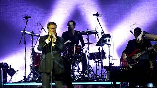 Bryan Ferry - Don't Stop the Dance / More Than This (Crocus City Hall, Moscow, Russia, 07.10.2017)