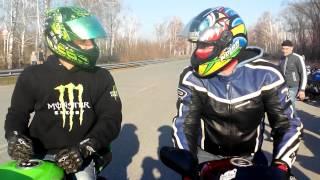 Yamaha r1 vs Kawasaki zx6r