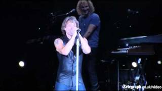 Rihanna and Bon Jovi: Livin' on a Prayer