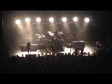 Paramore (without Taylor York) - Misery Business - Saenger Theatre New Orleans