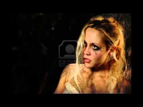 "ELVIS VARMANY "" Femme Battue"""