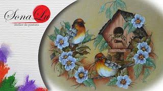Pintando pássaros e folhas em emborrachado