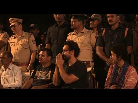 Aamir Khan and Kiran Rao Discover the Joy of Shramdaan (Marathi)