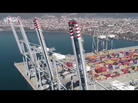 تركيا تسابق العالم في صناعة الرافعات العملاقة