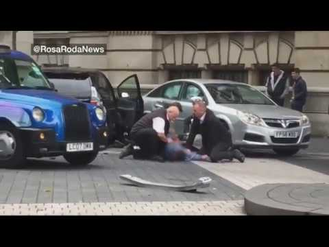 Man pinned to floor outside museum – BBC News