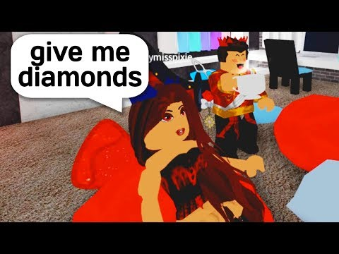SHARING MY DORM WITH A GOLD DIGGER IN ROBLOX ROYALE HIGH! - Jeruhmi