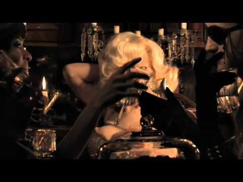 """AMANDA LEPORE """"Marilyn"""" featuring CAZWELL directed by LEO HERRERA"""