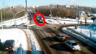 ДТП в Серпухове. Досталось всем троим ... 07 февраля 2017г.