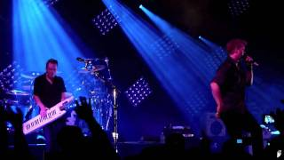 Them Crooked Vultures - Interlude With Ludes (Indianapolis - Murat Egyptian Room - May 17th, 2010)