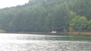 preview picture of video 'rc seaplane salagou approche hydravion salagou amerrissage lac de St Martial 07'