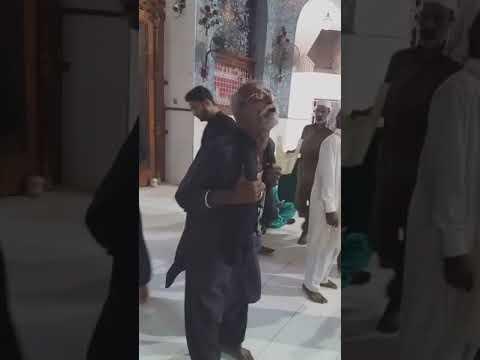 Hazrat Lal Shahbaz Qalandar ka mazar