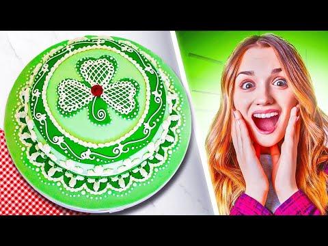 Lucky Shamrock CAKE! Deliciously decorated