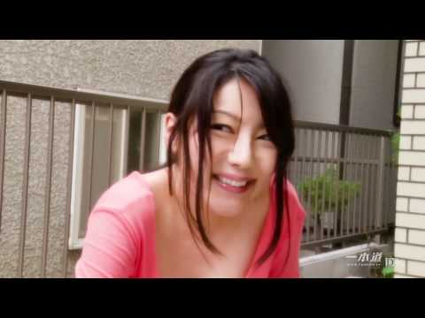 Sexy Girl: Miho Ichiki asked a man for help in her room