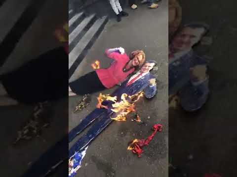 Σκοπιανοί έκαψαν ελληνικές σημαίες στη Μελβούρνη — Διαδηλώσεις σκοπιανών και στην πρωτεύουσα την Αυστραλίας (βίντεο)