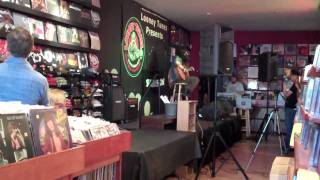 John Nolan - I Don't Believe You (Live at Looney Tunes, Babylon NY) 6-16-2010
