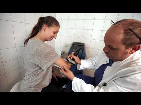 Akute Entzündung des Gelenkes des Fingers