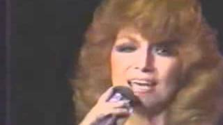 Dottie West-Here Comes My Baby-Live 1978