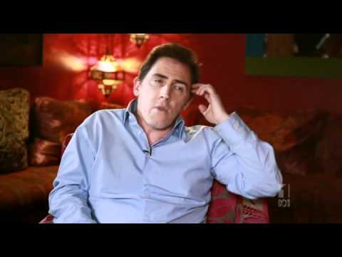 "Rob Brydon discusses his ""small man in a box"" impression"