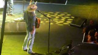 Small Town Southern Man ALAN JACKSON LIVE in Baton Rouge, Louisiana  11/05/2009