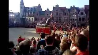 preview picture of video 'Ros Beiaard 2010 [Grote Markt van Dendermonde]'