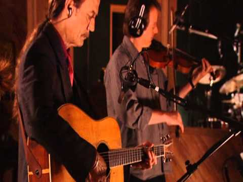 Alison Krauss & Tony Rice - Sawing on the Strings