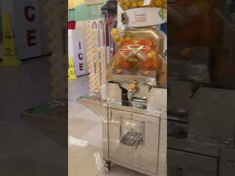 Maquina para sacar jugo de naranja.