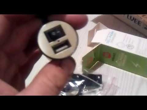 Зарядка USB универсальная (крепление в пластик/на руль) для скутера, мопеда, мотоцикла, мото техники