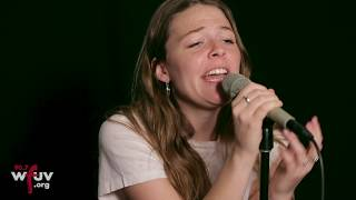 Gambar cover Maggie Rogers -