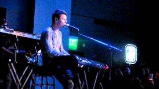 Jordan Knight - 'Broken By You' & 'Tender Love' 3/11/12