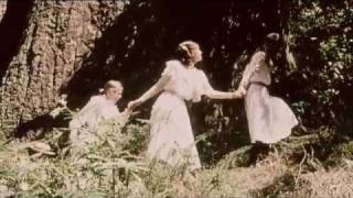 Picnic at Hanging Rock (1975) Video
