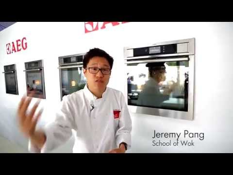 AEG Single Oven Electric BSE792320M - Stainless Steel Video 1