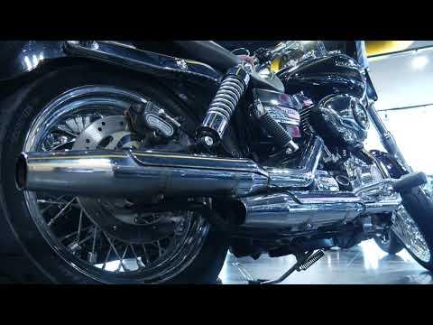 2013 Harley-Davidson Dyna® Super Glide® Custom in Coralville, Iowa - Video 1