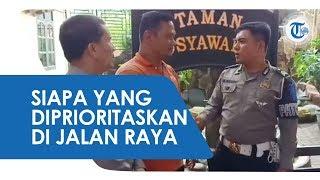 Viral Polisi Stop Ambulans Bawa Pasien, Siapa yang Harus Diprioritaskan di Jalan Raya?