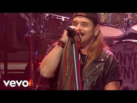 Lynyrd Skynyrd - Sweet Home Alabama (Live At The Florida Theatre / 2015)