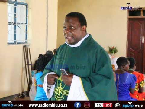 Padre Kamugisha Wasome Pt 2: Kuwa na busara kwa mme wako/ Wazazi wabariki watoto wenu