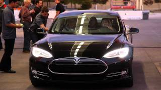 YouTube Video x0uwUWGFFYc for Product Tesla Model S Electric Sedan by Company Tesla in Industry Cars