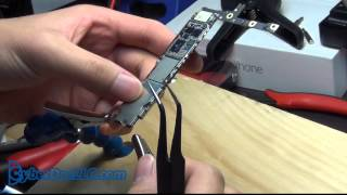 iPhone 6 plus logicboard teardown