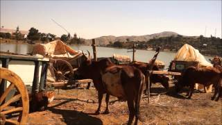 preview picture of video '☼ MADAGASCAR ☼  Le village de  BETAFO'