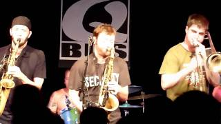 Point/Counterpoint & Keasbey Nights [HD], by Streetlight Manifesto (@ Q-Bus, 15.08.2010)