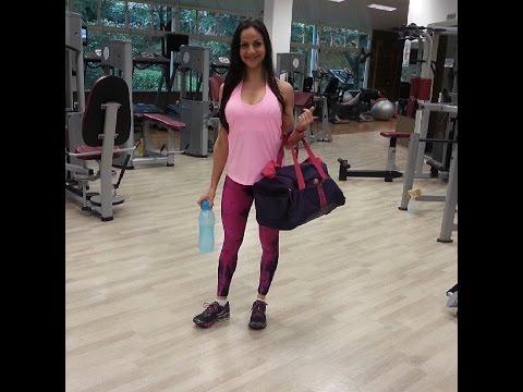 Training program para sa intensive pagbaba ng timbang sa gym