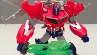 TRANSFORMERS OPTIMUS PRIME VOYAGER CLASS BEAST HUNTERS TOY REVIEW