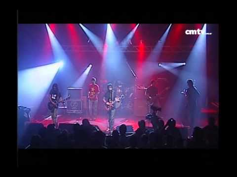 El Bordo video Una casa con diez pinos - CM Vivo 11/03/2009