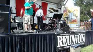 McDermott Sings 'O Canada'