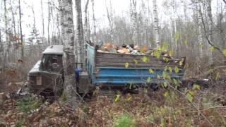 Газ 53 и Газ 66 в лесу