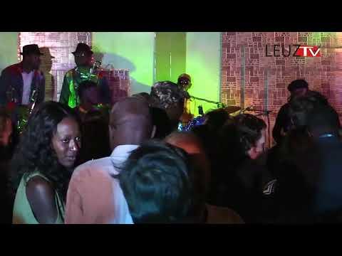 Video : Tony Allen et Sahad en live à Dakar