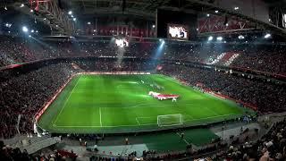 Ajax clublied(vuurwerkshow)(Ajax-PSV 3-0)(10-12-2017)vo