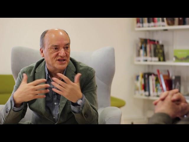 DIÁLOGO entre ALVARO GIL ROBLES Y GUSTAVO MARTIN GARZO