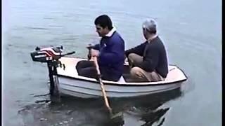 Very very Funny mini-Boat FAIL!!!! Muy divertido el bote se hunde.
