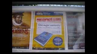 preview picture of video 'ENTREVISTA EN RADIO MARTORELL ARACELI GUTIERREZ AUTORA DE UNA MUJER CORRIENTE'